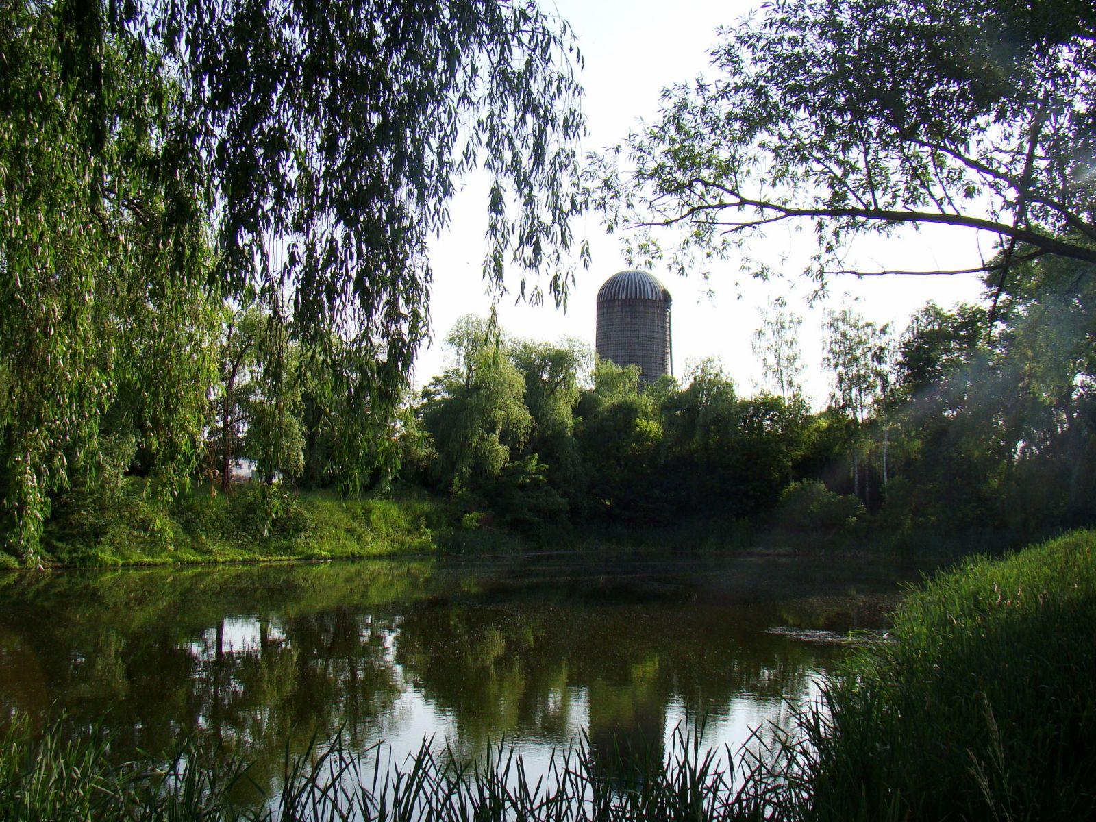 Озеро на Авдеевской